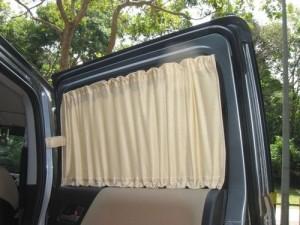 Как сделать шторки на авто?