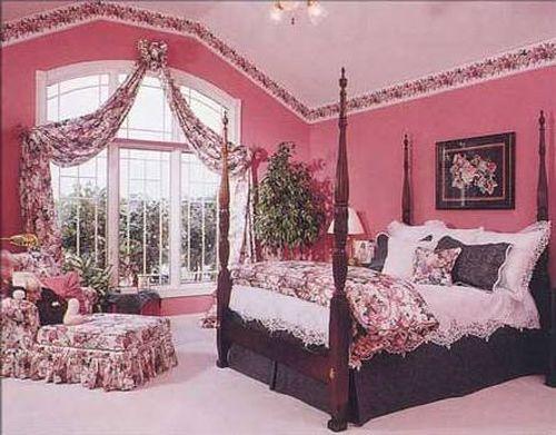шторы к розовым обоям
