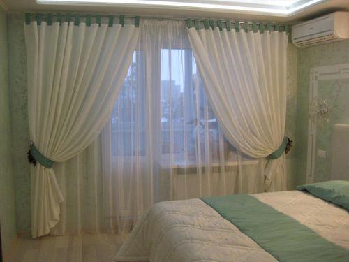 shtori-na-balkonniy-blok-spalniy_7