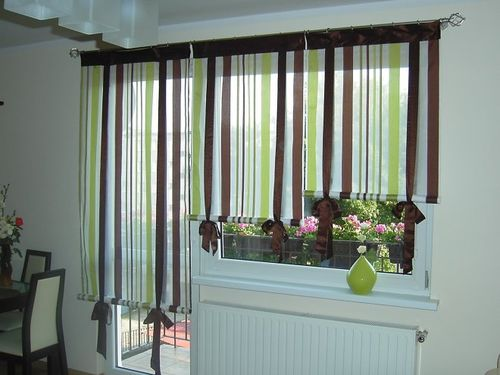 Как выбрать шторы для кухни с балконной дверью: идеи с фото