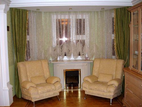 короткие шторы для гостиной фото
