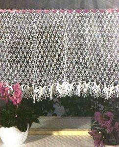 Выбираем вязаные шторы