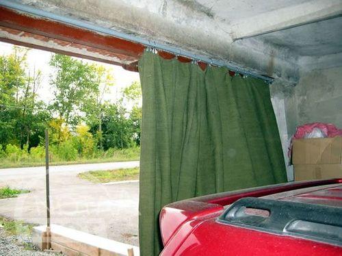 Как самостоятельно сделать гаражные шторы
