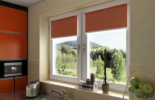 Рулонные шторы красные